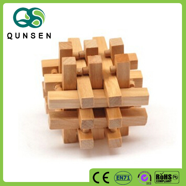 educational handheld 3D magic wooden cube puzzle