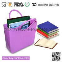 2012 New stylish and hot sale ladies silicone handbags made in ShenZhen