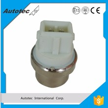 Energy saving temperature sensor plug