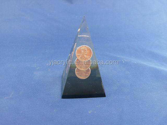 Hot sale acrylic coin paperweight, clear plastic pyramid