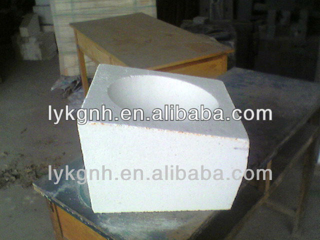 High-pure insualting corundum brick