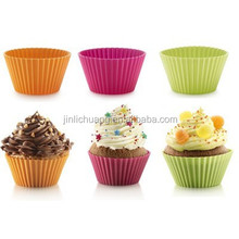 100% Food Grade mini silicone muffin cups, silicone baking cup sets, silicone cupcakes molds