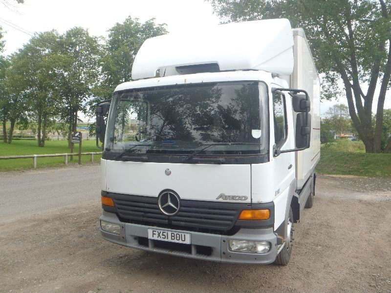 2001 Mercedes 815 atego manual fridge van