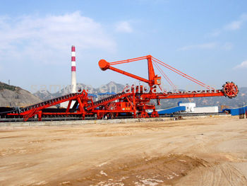 stacker reclaimer of capacity 5000t/hour