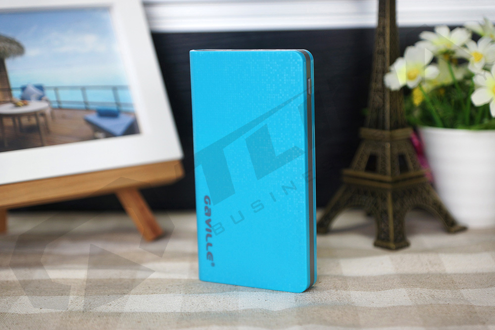 Wholesale 10000mAh GAVILLE brand Power Bank OEM Logo plastic polymer battery charger for mobile phone