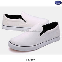 Plain cheap blank white slip on canvas shoes zapatos for men