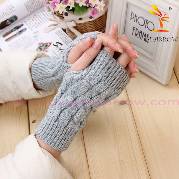 Fashion Winter fingerless glove For Woman knit style