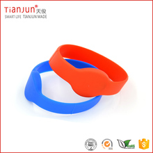 RFID Bracelet 125KHZ with TK4100 Silicone RFID Wristband Smart Tag for Hotel Lock