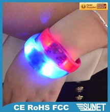 Kids party supplies hot sale products wrist band glow in the dark
