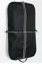 China Factory Price New Designer Non Woven Travel Hanging Protecter Cover Clothes Garment Bag