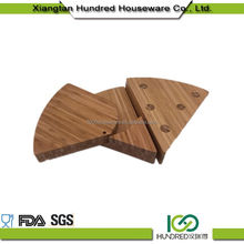 Heat Resistant Cost Price carve bamboo cheese board and tool set