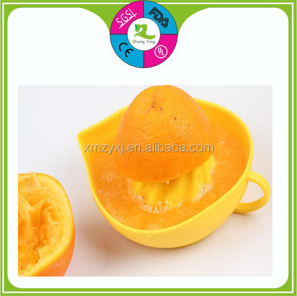 Easy taken Silicone lemon Juicer bowl