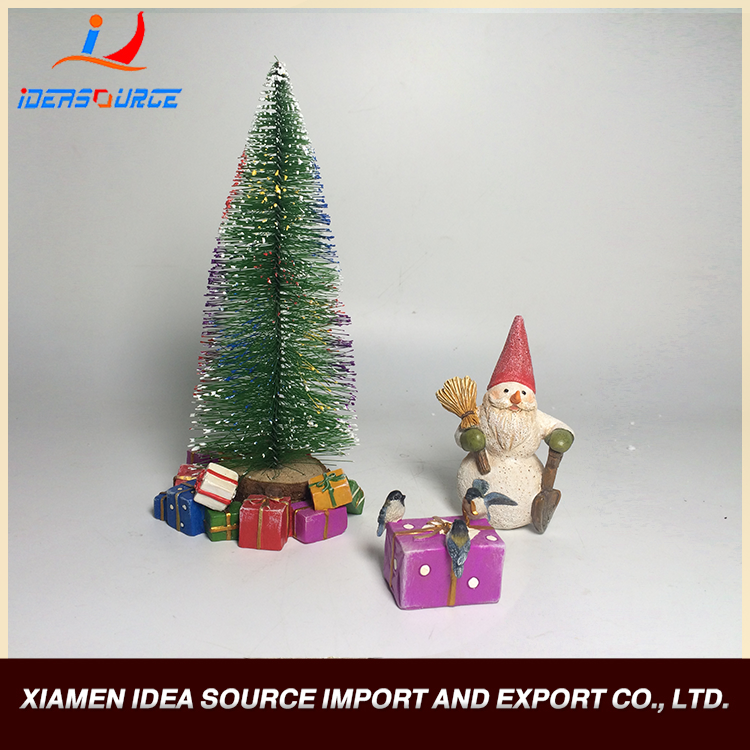 Xiamen Christmas Gifts Direct Manufacturers Common Artware Resin