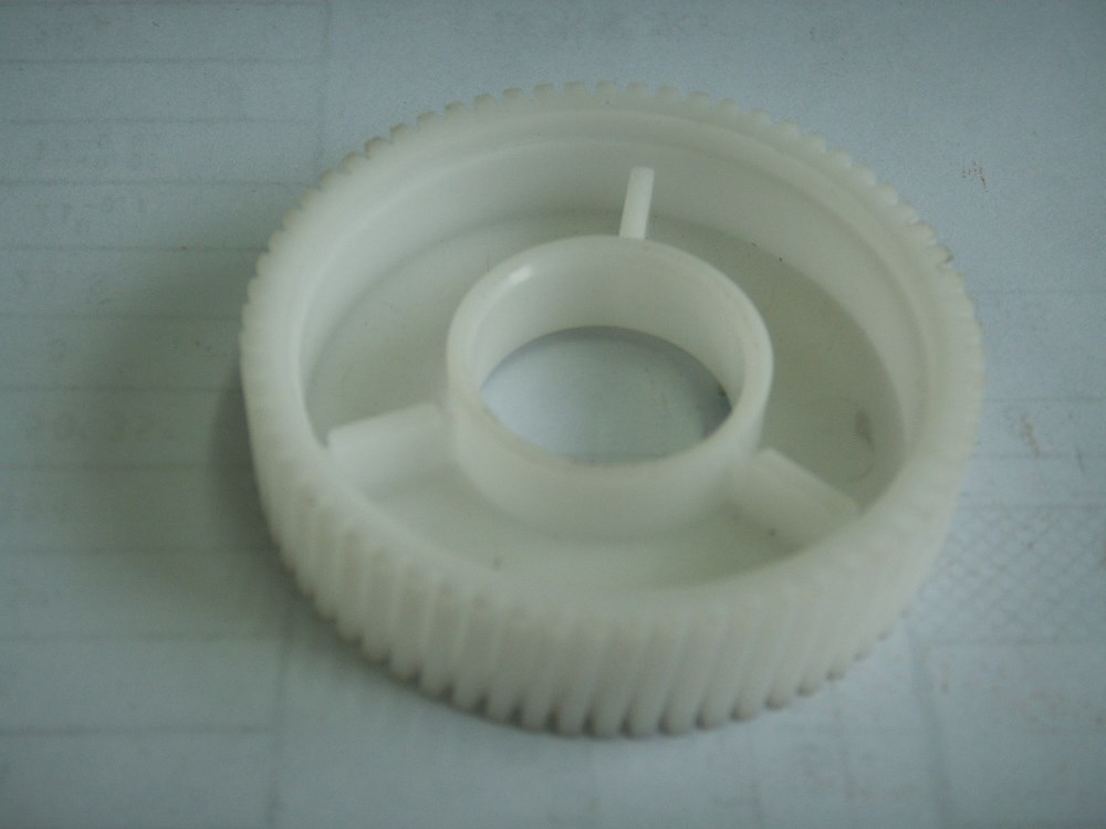 Professional Making High Hardness Pom Plastic Gears Made By Shenzhen HuaYue Xin