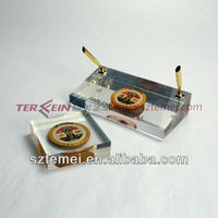 acrylic paperweight stand with pen holder