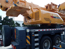 Truck Cranes XCT80 with the advanced matching technique