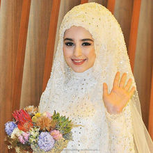 Vestido De Noiva Appliques Beading Bubai Ball Gown Lace Long Sleeve White Muslim Wedding Dress with hijab WW1412