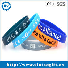 2013 cheap custom made silicone bracelet maker