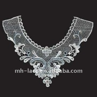 beads neck lace collar