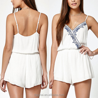 2016 Wholesale Pretty Sleeveless White Embroidered Women Rompers Jumpsuits