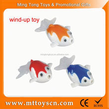 Cheap price wind up game small plastic toy fish