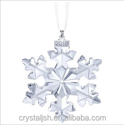 2016 clear crystal pendant snowflake ornaments in christmas decoration supplies car decoration
