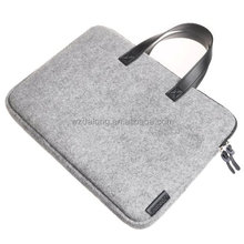 Felt Sleeve Carrying Bag Ultrabook Laptop Bag for Tablet Personal Computer Pro + More - light Grey with zipper closed