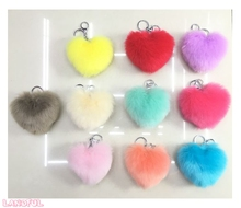 Faux Fur Fluffy Heart Shape Pompom Balls Pom Pom Keychain key Ring with Chain Llavero Promocional