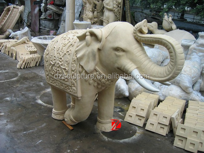 Resin elephant figurines