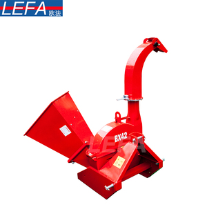 Italy Forestry machines small tractor BX42 PTO driven 3 point hitch drum used wood chipper shredder mulcher machine from China