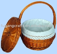 wicker picnic basket with handle and lid