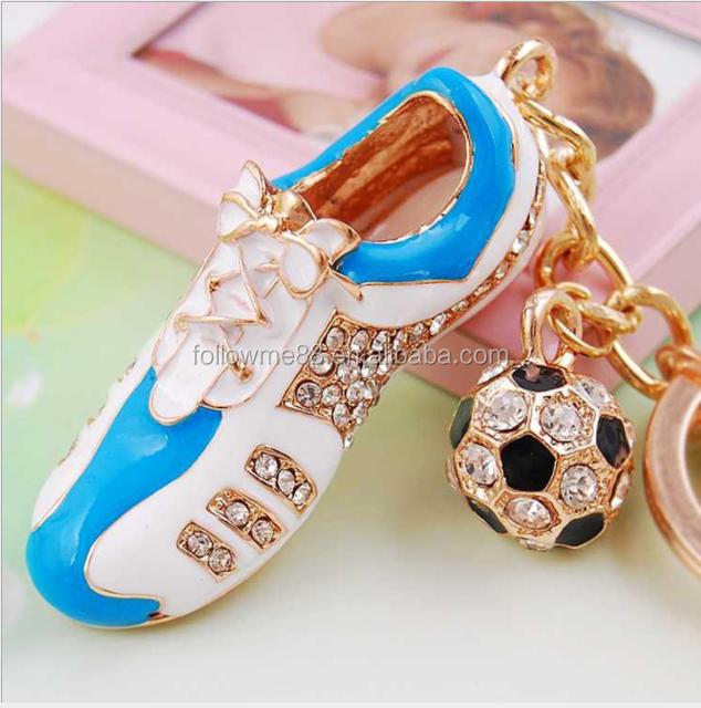 Football Shoe Sport cute crystal Purse Car Key Ring Chain 2018 Russia World Cup Jersey Keychain Creative football shoe key ring