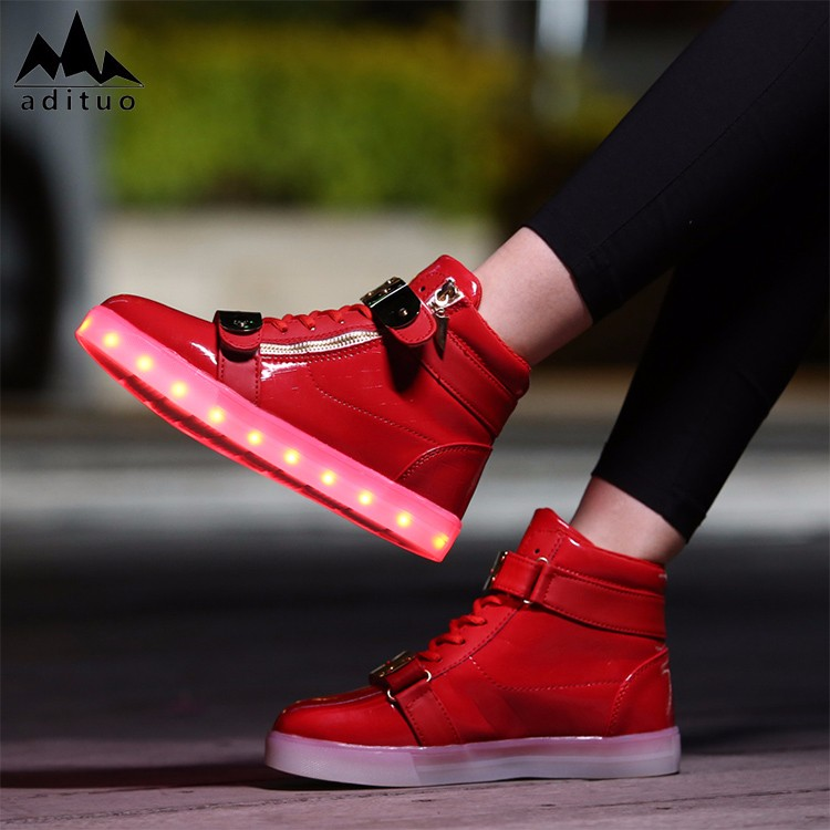 New Design Hot Selling Led European Women Casual Shoes
