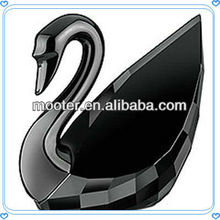 Faceted Engraved Black Crystal Swan For Performance Souvenirs