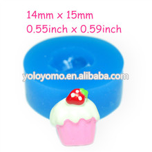 GYL333 Cream Cake Silicone Mold with Strawberry Fondant Craft Cupcake Topper Candy Cookie Butter Polymer Marshmallow 15mm