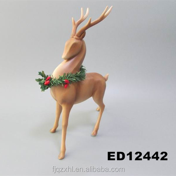 Wholesale Christmas Table Centerpieces Product Decoration Item Supplies Polyresin Christmas Reindeer Deer Figurine Ornaments