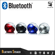 Good Sound Colorful Ball Bluetooth Speaker with Led Flash Light and Remote Controller Q8