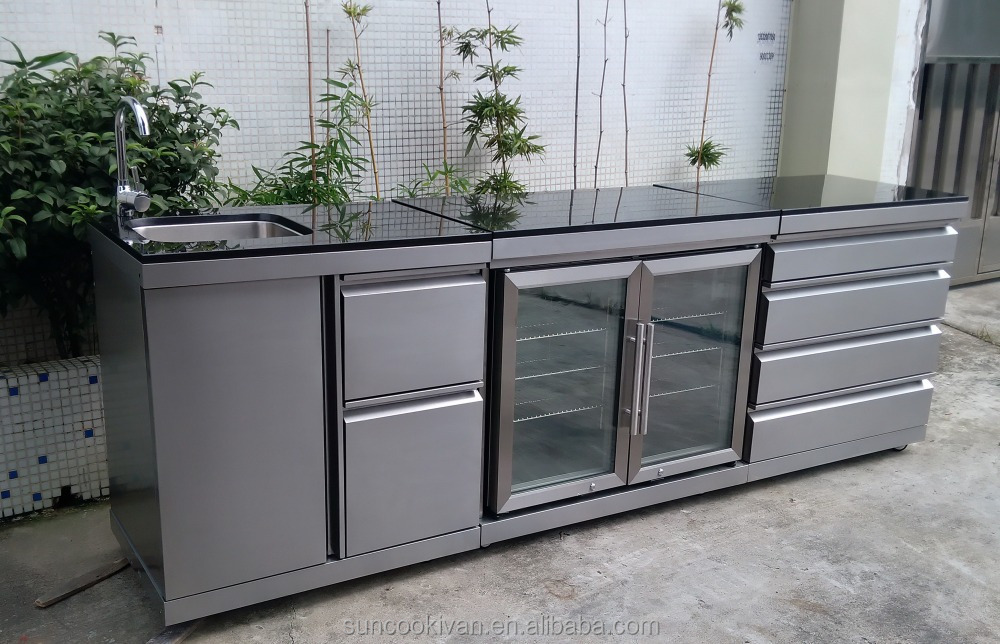 Outdoor kitchen, marble top or stainless teel top