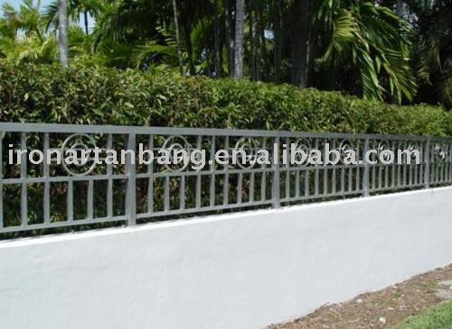 Cercas de hierro para el jard n vallas de jard n cercas - Cercas para jardin ...