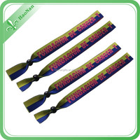 Promotional gifts color change wristband of excellent quality