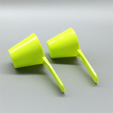 New design 25ml pp plastic measuring scoops portable powder protein mask scoops spoon wholesale manufactures