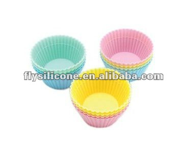 Brand New Round Silicone 12 Baking & Craft Cups