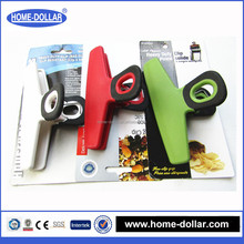sturdy soft rubber grip promotional customer print retaining plastic fridge clips