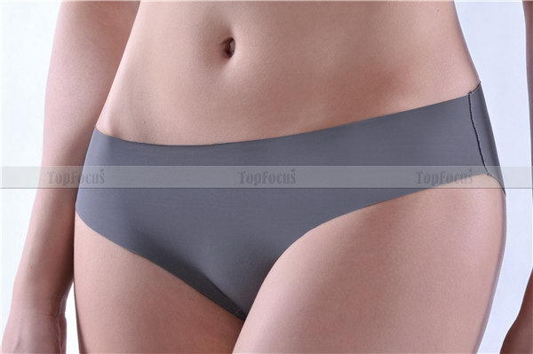 Low price promotional professional manufactuer adult plastic panty