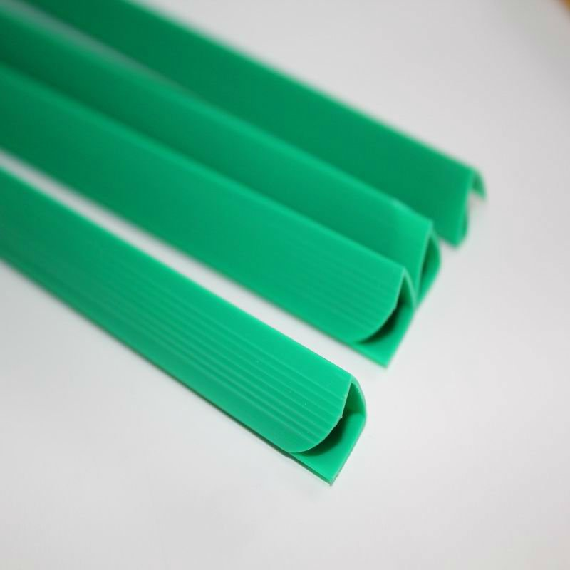 Wholesale Transparent translucent plastic Pumping rod file folder custom plastic slide binder L shape folder