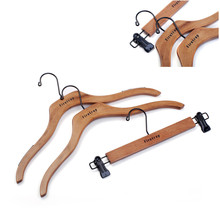 TF2330 wholesale high quality customized logo hanger, garment hanger, wood hanger