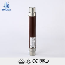 High voltage long life current limitting fuse link