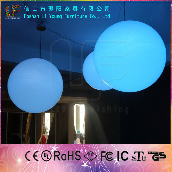 2016 Water Floating Colorful Flashing Led Ball For Promotion Led Golf ball
