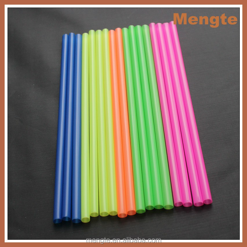 Hot sale cool colorful plastic party straw in China