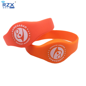 NTAG213 Custom Logo Programmable HF 13.56Mhz Silicone RFID Bracelet / Wristband For Events